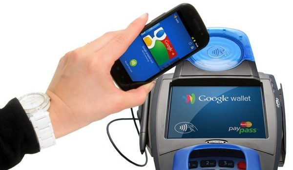 Customer using Smartphone to pay with Google Wallet